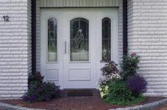 tuer4 gr 242x160 - Türen Echtholz oder Glas