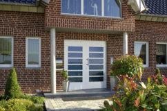 tuer5 gr 242x160 - Türen Echtholz oder Glas